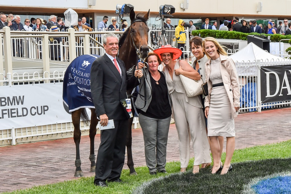 Pinot pictured with connections after winning the Gr.3 Ethereal Stakes.