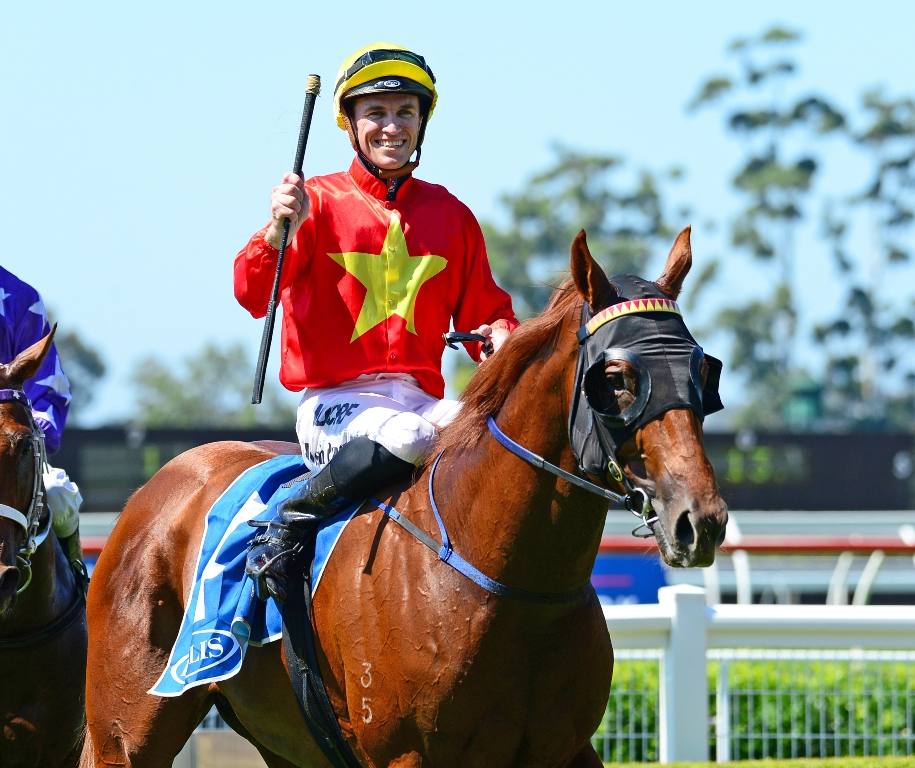The Enzo and Josh Parr return to scale after winning the Inglis Classic.